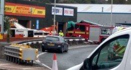 UK_fire_apparatus_crash.57f03c046ea36