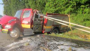 Pumper Rollover Injures KY Firefighter