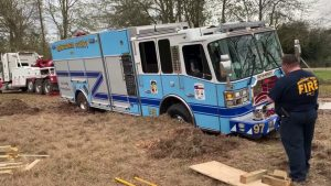 TX FIREFIGHTERS FREE TRAPPED FIRE APPARATUS